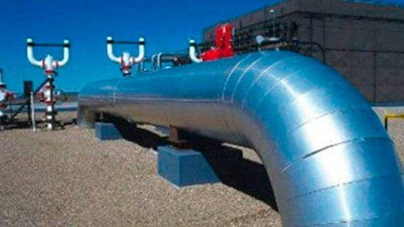 Pipeline cancellations cost Canadians billions of dollars a year